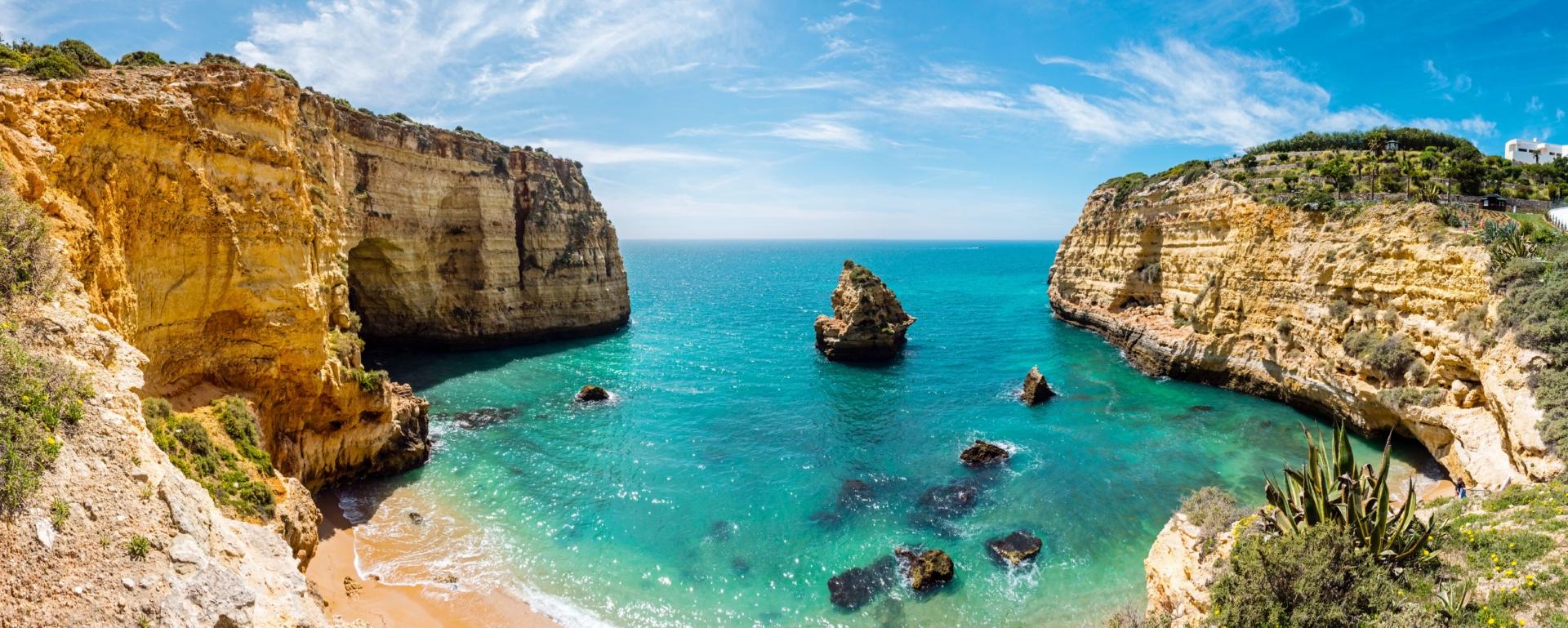 Plage de l'Algarve au Portugal